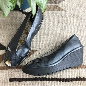 Fly London | Yaff Leather Peep Toe Wedge | 37
